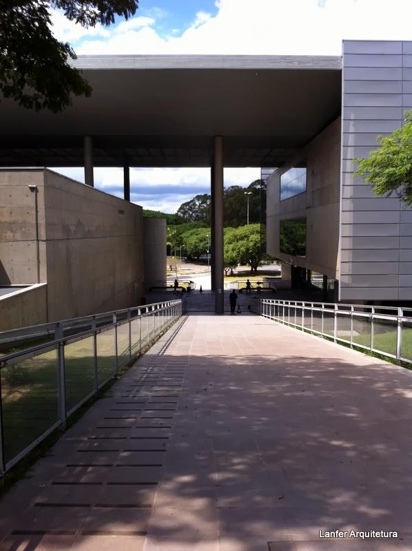 Biblioteca Brasiliana Guita e José Mindlin - Eduardo de Almeida e Rodrigo Mindlin Loeb