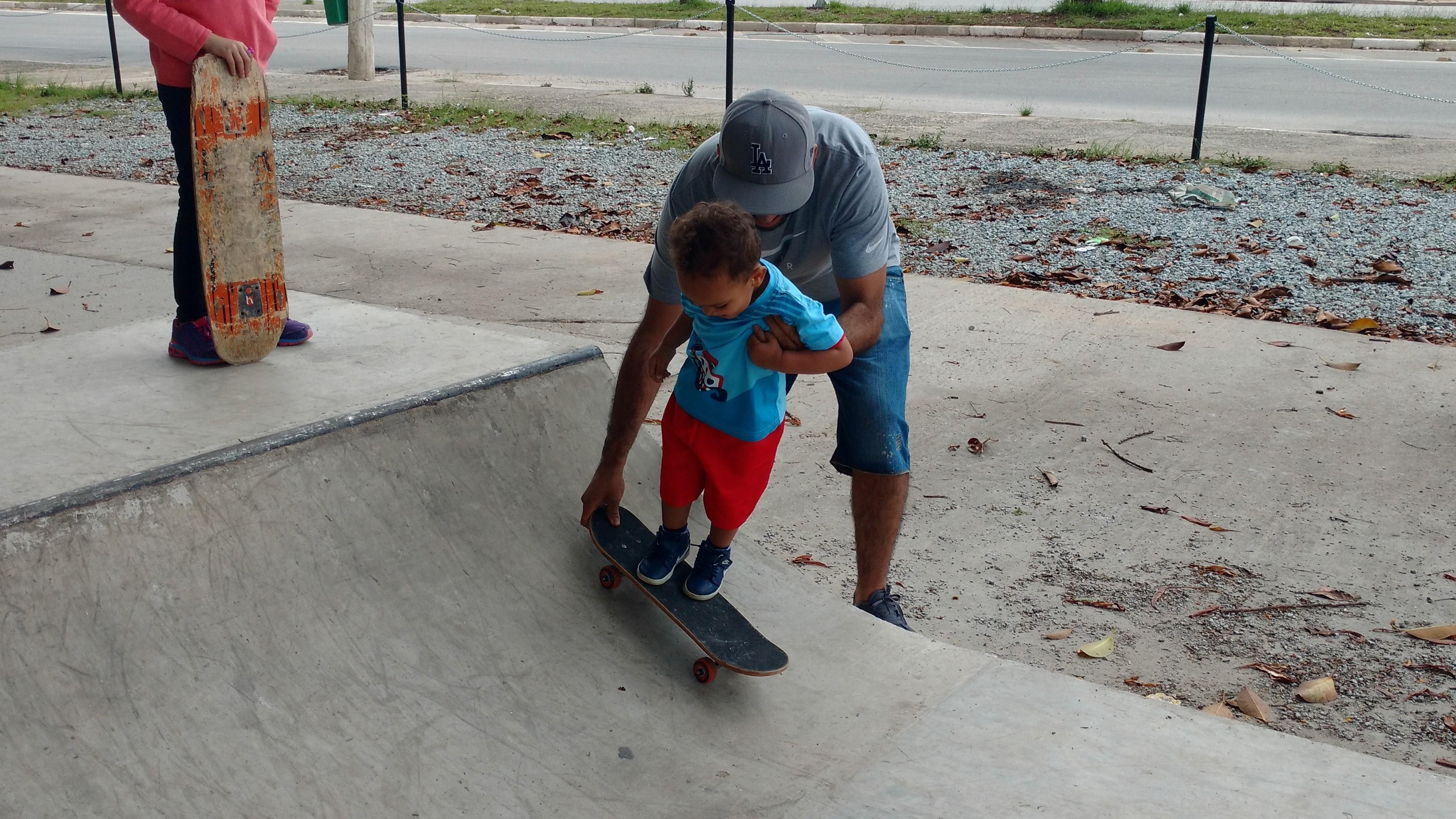 Projeto e construção de pistas de skate